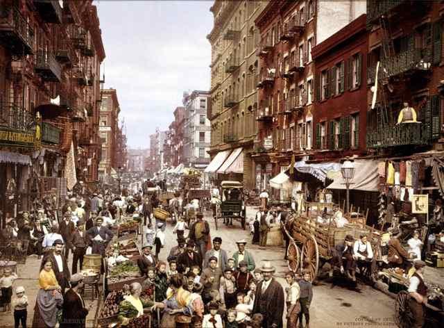 Mulberry_Street_NYC_c1900_LOC_3g04637u_LOW_MED.jpg